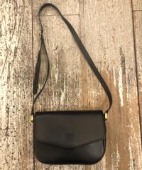 BURBERRY/vintage leather shoulder bag.