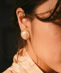 GIVENCHY/ vintage pearl stone earring. 424013H