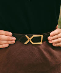 ChristianDior/ gold buckle leather belt.