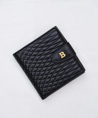 BALLY / vintage quilting leather wallet.