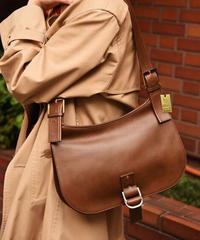 GUCCI / vintage leather shoulder bag.