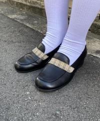 Burberry / vintage nova check loafer. (U)
