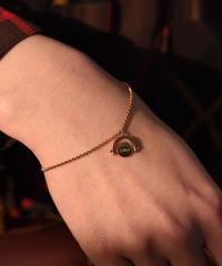 Chloe / vintage design bracelet.(peach color)
