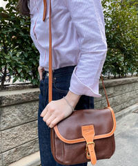 Courreges / vintage brown leather shoulder bag.
