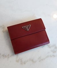 PRADA/  Leather triangle logo plate square wallet.