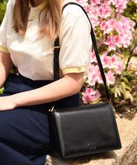 VALENTINO/vintage square  leather shoulder bag.
