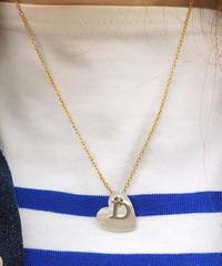 Christian Dior/D logo heart motif necklace. 423006T(U)