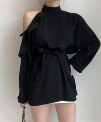 Asymmetric off-shoulder blouse