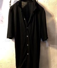 The Viridi-anne 薄手LINEN BLACK Shirt