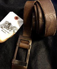 ATTACHMENT 錆び加工BUCKLE ロングLEATHER BELT CAMEL