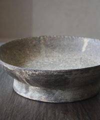 白灰化粧高台鉢