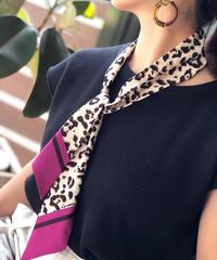 LE VERNIS ★ narrow scarf