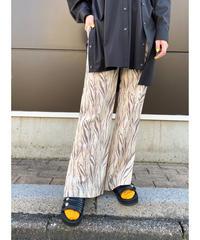 CHIGNON ★ print vents flare pants