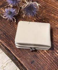 【B-19146】Beaure ヴュレ カウレザー がま口 二つ折り財布 ミドルウォレット