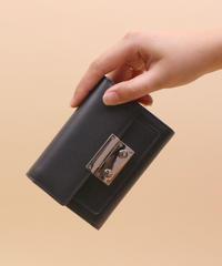 【B-19144】BEAURE ヴュレ カウレザー 二つ折り財布 ミドルウォレット