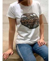 カープリントTシャツ