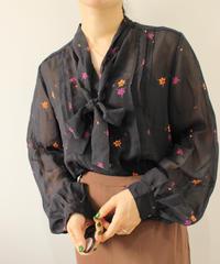 flower print navy blouse