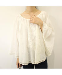 race embroidery blouse