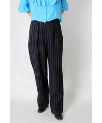 collar pin stripe tuck pants
