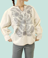 【LA buying】embroidery  blouse