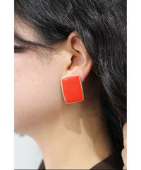 red square pierce