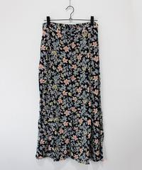 black  flower pattern long skirt