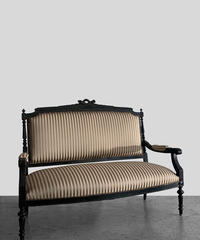 11-CH122002 French 2S Sofa