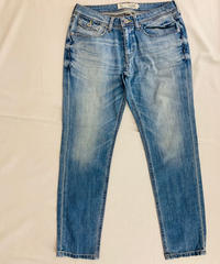 SLOUCH Tapered DENIM