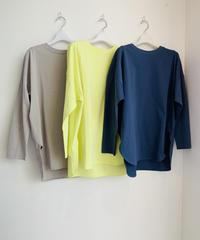 【TOMO'sSelect】春の新色登場‼️ 裾ラウンド着丈長めカットソー