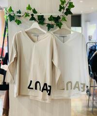 裾ロゴ七分袖カットソー