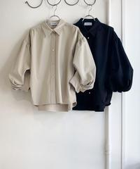 【アナナanana&クミンCUMIN 22pre‐SPRINGご予約】変形ボリュームスリーブシャツ