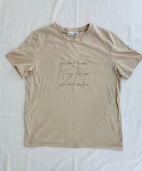 メッセージプリント 細字ロゴTシャツ