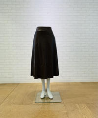 フェイクレザー・Aラインスカート