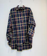袖釦チェックシャツ