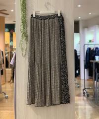 【黒×グレー 再入荷】ボタニカル柄プリーツ切り替えスカート