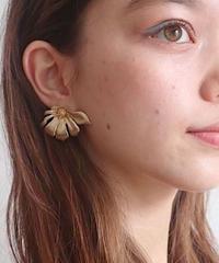 parterre decosmos pierce/earring
