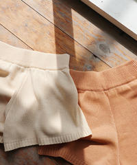 knit short pants