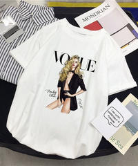 voguetシャツ