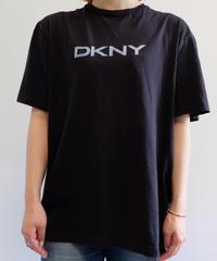 VINTAGE   90S DKNY TSHIRTS