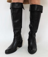 VINTAGE   LEATHER LONG BOOTS
