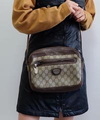 VINTAGE   GUCCI SHOURDER BAG