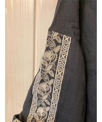 リネン インド刺繍 ピンタックブラウス