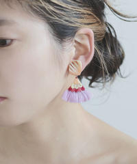 FLAT TAIL PIERCE / EARRING pink