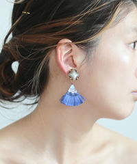 FLAT TAIL PIERCE / EARRING blue
