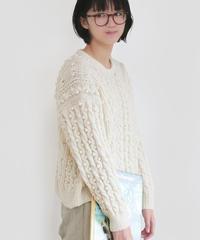 ホイップクリームなアランのセーター