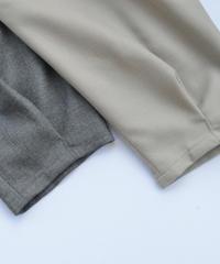ホゲットウールフラノ 裾タックパンツ