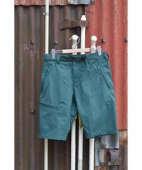Calient Shorts /   Pine