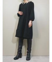 Frilled collar black plain dress-1687-2