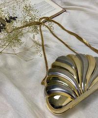 Shell motif metal chain bag-2228-10