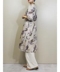 Light beige color old fashion dress-1969-6